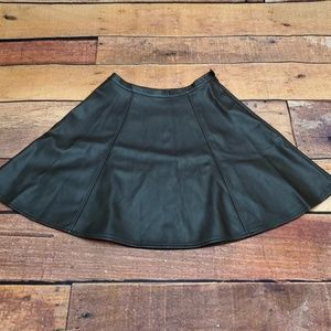 LC Lauren Conrad Skater Skirt Size 4 Fake Leather